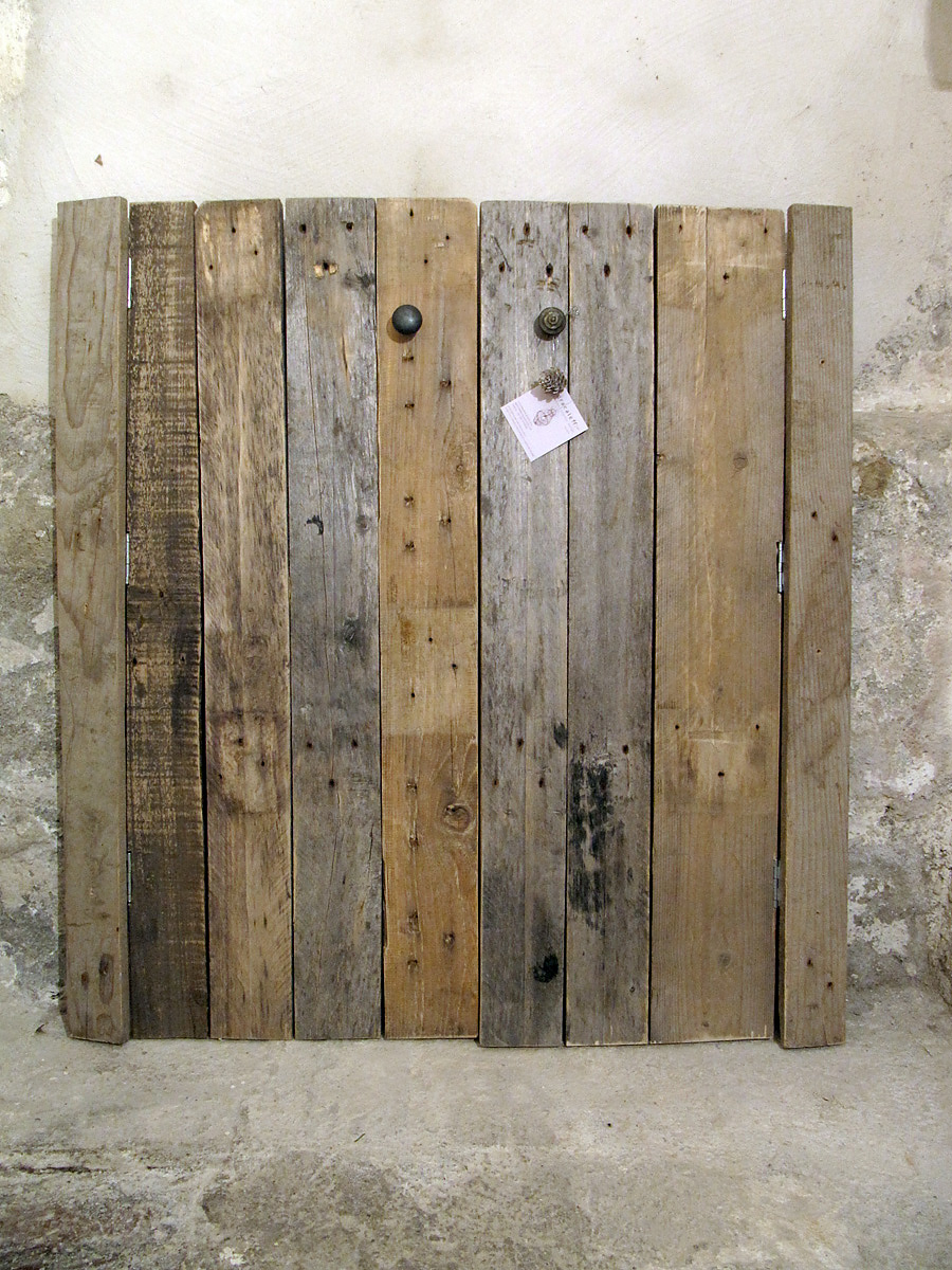 Legno Di Recupero Per Comodini Eco Chic Pictures to pin on Pinterest